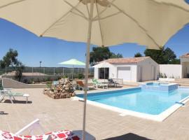 Le Canigou villa avec piscine, Casteil