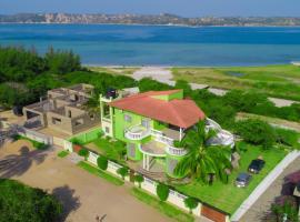 Bilene Beach House, Vila Praia Do Bilene