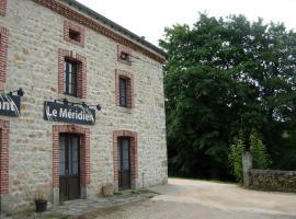 la villa du Méridien, Saint-Pal-en-Chalençon (рядом с городом Usson-en-Forez)