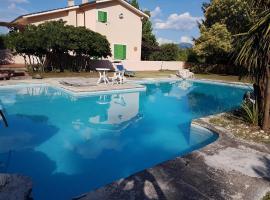 Villa Farense, Rieti (Fara in Sabina yakınında)