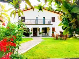 B&B Villa Incrocca, Cerreto d'Esi (Nær Matelica)
