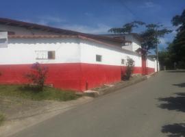 Casa Rural en el Eje Cafetero, Algarrobo (El Rosario yakınında)