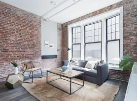 Sunny Downtown Crossing Suites by Sonder
