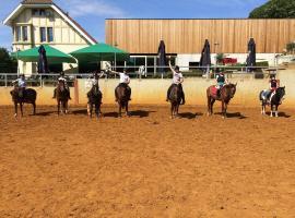 ruiterschool rodeberg, Mont Rouge (Loker yakınında)