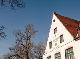 Schlosshotel Grünwald, Grünwald (Straßlach-Dingharting yakınında)