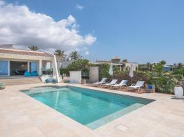 Luxury villa Luna on the cliff w/ heated pool
