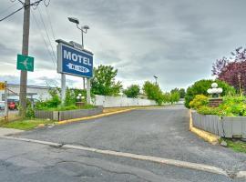 Motel R-100