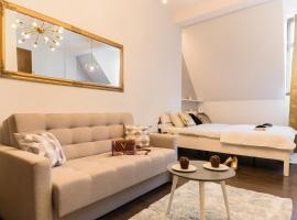 GoldenEye Apartment Center