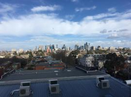 Fitzroy Penthouse Close To Everything In Melbourne