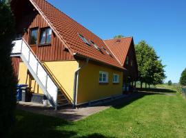Familienferien Lenz mit 2 Schlafzimmern Spiel- und Grillplatz, Daskow (Schlemmin yakınında)
