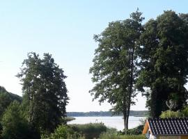 Ferienhuette am See, Altfriesack (Karwesee yakınında)