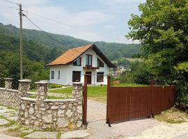 House Zeka, Visoko (Uvorići yakınında)