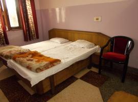 Economical Rooms near Triveni Ghat