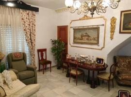 Holiday home Calle Real - 2, El Viso del Alcor (Hacienda Ronquera yakınında)