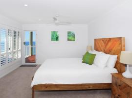 10 Mona Vista Crt, Coolum Beach, VIEWS, WiFi, Pet Friendly