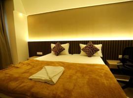Hotel Grand Parivaar, Igatpuri (рядом с городом Balayaduri)