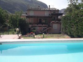 Villa Claudia indipendente con piscina ad uso esclusivo