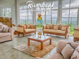 Riverbank Boutique Hotel