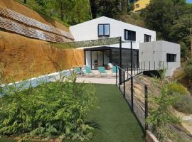 Moderna casa de diseño, con piscina privada y barbacoa, Sant Cebrià de Vallalta