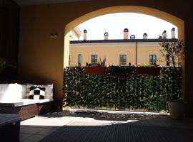 Milan Cosy SMART studio with Terrace & Kingsize bed