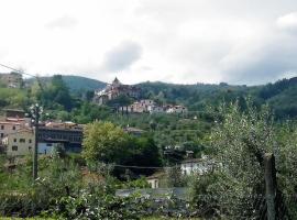 La Tana Nel Castelvecchio, Giampierone (Nær Momigno)