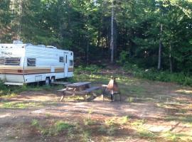 Camping Alexis, Saint-Alexis-des-Monts (Saint-Didace yakınında)