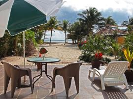 Tita's Villa, Riviera Maya beach front home