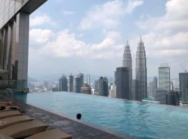 Platinum Suite 2BR | Infinity Sky Pool KLCC View