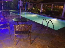 Sweet Garden Hotel, Kumasi (рядом с городом Adiebaba)
