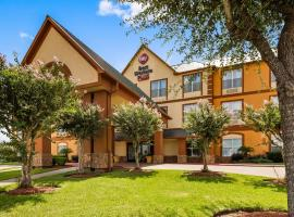 Best Western PLUS Hobby Airport Inn and Suites