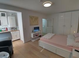 Luxury Studio Apartment, Köln (Lind yakınında)