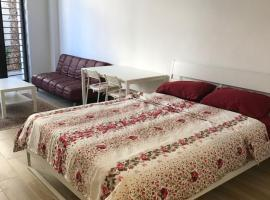 Cozy new studio apartment, Amman (Tilā' al 'Alī yakınında)
