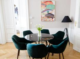 The Flats Apartments - Urania