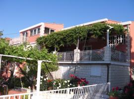 House Jelena