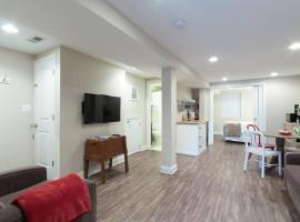 Charming H St Oasis Close to Capitol and Museums