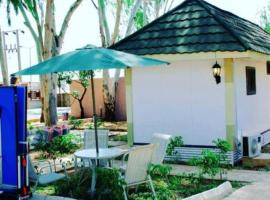 Chillers Portakabin Resort, Jos