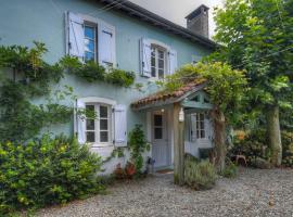 Maison de la riviere, Autevielle-Saint-Martin-Bideren (рядом с городом Saint-Palais)