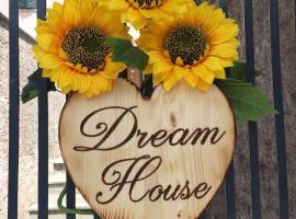 dream house, Stazzema (Levigliani yakınında)