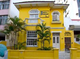 Porto das Palmeiras Hostel