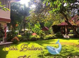Casa Ballena Eco Hostel
