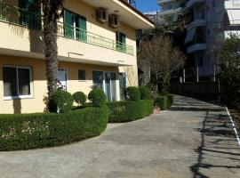 Qeli Apartments, Gjirokastër (Tepelenë yakınında)