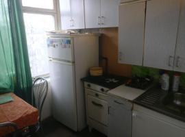 Apartment on 13-Ya Parkovaya 16