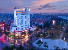 X2 Vibe Viet Tri Hotel, Làng Tiên Cát (Near Phu Tho)