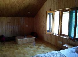 Attic Premium Room, Baragrān