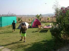 Bungalow on Rent for Picnic, Parties, Family get together., Saralgaon (рядом с городом Murbād)