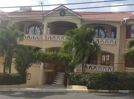 Wilts apartment, Saint James (Husbands yakınında)