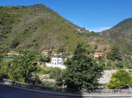 Casa Romano, Badalucco (Montalto Ligure yakınında)