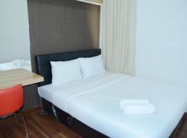 Cozy 2BR at Aspen Apartment near to Mall By Travelio, Джакарта (рядом с городом Kalijati)