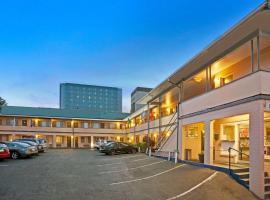 Travelodge by Wyndham Everett City Center