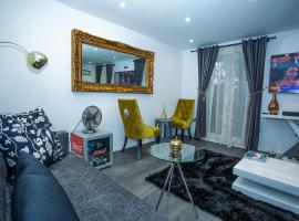Phamphy Luxury Home, North Woolwich